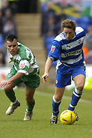 Fotball<br /> England 2004/2005<br /> 18.12.2004<br /> Foto: SBI/Digitalsport<br /> NORWAY ONLY<br /> <br /> Reading v Queens Park Rangers<br /> Coca-Cola Championship, 18/12/04<br /> <br /> Paul Brooker gets away from his marker.