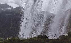 THEMENBILD - Ausblick hinter dem Wasserfall auf die Berge waehrend einer Wanderung entlang des Wasserfallweges, aufgenommen am 28. Juli 2019 in Fusch a. d. Grossglocknerstrasse, Oesterreich // View of the mountains behind the waterfall during a hike along the waterfall trail in Fusch a. d. Grossglocknerstrasse, Austria on 2019/07/28. EXPA Pictures © 2019, PhotoCredit: EXPA/ JFK