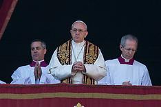 """Pope Francis: """"Urbi et Orbi"""" Christmas Blessing - 25 Dec 2017"""