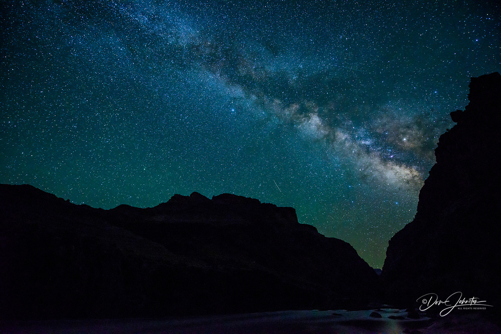 Night sky over the Grand Canyon at Ross Wheeler Camp (mile 108), Grand Canyon National Park, Arizona, USA