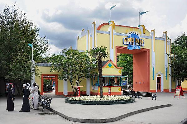 Duitsland, Bottrop, 17-7-2009Ingang van het themapretpark Movie Park , movie world.Foto: Flip Franssen/Hollandse Hoogte