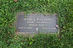 31 August 2017:   Veterans graves in Dawson Cemetery in eastern McLean County.<br /> <br /> Jesse S Williams  Wagoner  US Army  World War I  Nov 17 1895  Jun 9 1986