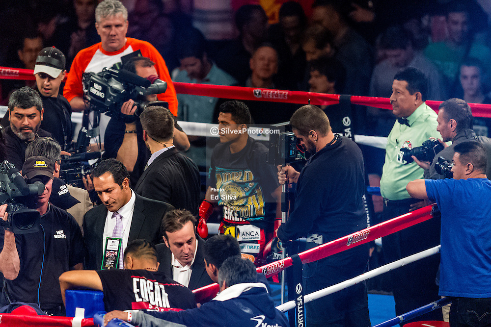 """INGLEWOOD, CA - MAY 16: Undefeated WBC Flyweight World Champion Roman """"Chocolatito"""" Gonzalez (43-0-0, 37 KOs) punished for two rounds Flyweight Contender Edgar Sosa (52-9-2, 30 KOs ) until the referee stopped the fight in the second round. Roman dropped Sosa to the canvas in the first round and on the second and last round. 2015 May 16. Byline, credit, TV usage, web usage or linkback must read SILVEXPHOTO.COM. Failure to byline correctly will incur double the agreed fee. Tel: +1 714 504 6870."""