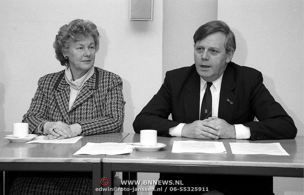 NLD/Huizen/19920207 - Ondertekening verdrag tussen de gemeente Blaricum - Huizen