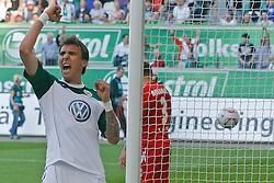 24.04.2010, Volkswagen Arena, Wolfsburg, GER, 1.FBL, VfL Wolfsburg vs 1.FC Koeln, im Bild ein jubelnder Mario Mandzukic (Wolfsburg #18) .EXPA Pictures © 2011, PhotoCredit: EXPA/ nph/  Schrader       ****** out of GER / SWE / CRO  / BEL ******