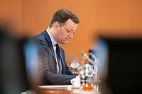 01 APR 2020, BERLIN/GERMANY:<br /> Jens Spahn, CDU, Bundesgesundheitsminister, vor Beginn der Kabinettsitzung, die aufgrund der Abstandsregeln wegen der Corona-Pandemie im  Internationalen Konferenzsaal stattfindet, Bundeskanzleramt<br /> IMAGE: 20200401-01-007<br /> KEYWORDS: Kabinett, Sitzung