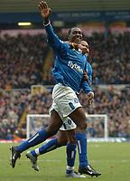Fotball<br /> Premier League England 2004/2005<br /> 18.12.2004<br /> Foto: SBI/Digitalsport<br /> NORWAY ONLY<br /> <br /> Birmingham City v West Bromwich Albion<br /> Barclays Premiership. 18/12/2004<br /> <br /> Birmingham City's Emile Heskey (L) celebrates scoring his side's third goal of the match.