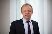 DEU, Deutschland, Germany, Berlin, 14.02.2017: Portrait Prof. Dr. Clemens Fuest, Präsident des Ifo-Instituts.