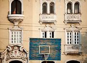 Havana_Cuba, 17 de Maio de 2011..Pratica de atividades esportivas em local publico da cidade. Os cubanos tem uma relacao muito forte com o esporte...Foto: LEO DRUMOND / NITRO