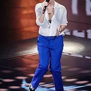 NLD/Hilversum/20160109 - 4de live uitzending The Voice of Holland 2015, optreden Jennie Lena