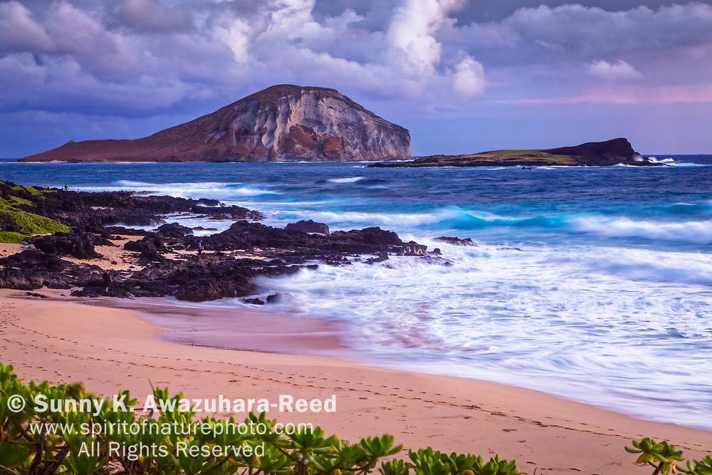 Rabbit Island, Kaohikaipu Island State Seabird Sanctuary, and Makapu'u Beach at dawn. Oahu Island, Hawaii.