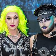 NLD/Amsterdam/20190521 - Première Rocketman, travestiet verkleed als Madonna