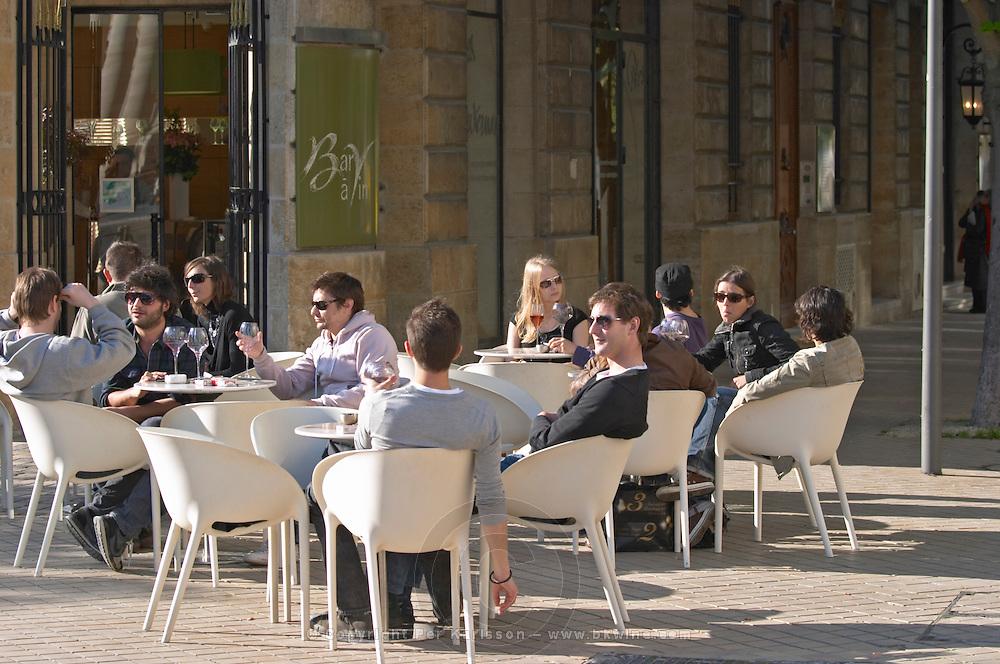 restaurant terrace bar people drinking wine civb le bar a vin allees tourny bordeaux france