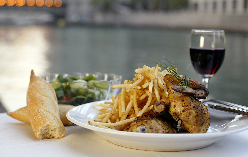 Roast chick with frites along the Chicago River
