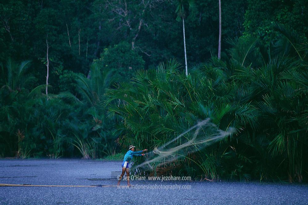 Fisherman, Pandeglang, Banten, Java, Indonesia.