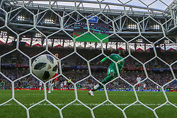 MOSCOW, June 19, 2018  Mbaye Niang (front) of Senegal shoots to score during a Group H match between Poland and Senegal at the 2018 FIFA World Cup in Moscow, Russia, June 19, 2018. Senegal won 2-1. (Credit Image: © Xu Zijian/Xinhua via ZUMA Wire)
