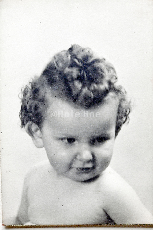 head and shoulder portrait of toddler