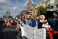 The Chilean miners and rescuers, from the collapsed mine in San Jose, Chile, wave to guests while serving as Grand Marshals for the Celebrate a Dream Come True Parade at Walt Disney World's Magic Kingdom theme park in Lake Buena Vista, Florida, January 31, 2011. REUTERS/Phelan M. Ebenhack  (UNITED STATES)
