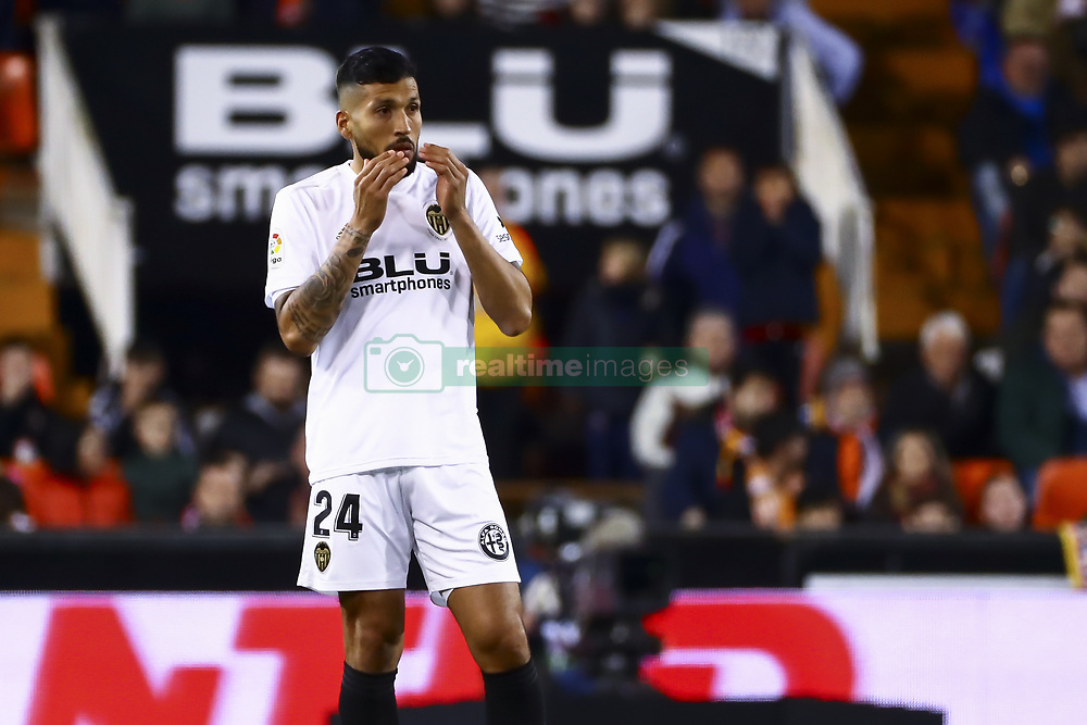 January 26, 2019 - Valencia, Spain - Ezequiel Garay of Valencia CF  during  spanish La Liga match between Valencia CF vs Villarreal CF at Mestalla Stadium on Jaunary  26, 2019. (Credit Image: © Jose Miguel Fernandez/NurPhoto via ZUMA Press)