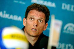 10-05-2008 VOLLEYBAL: PERSCONFERENTIE VROUWENTEAM: APELDOORN<br /> Nevobo hield een persconferentie met coach Avital Selinger en Francien Huurman<br /> ©2008-WWW.FOTOHOOGENDOORN.NL