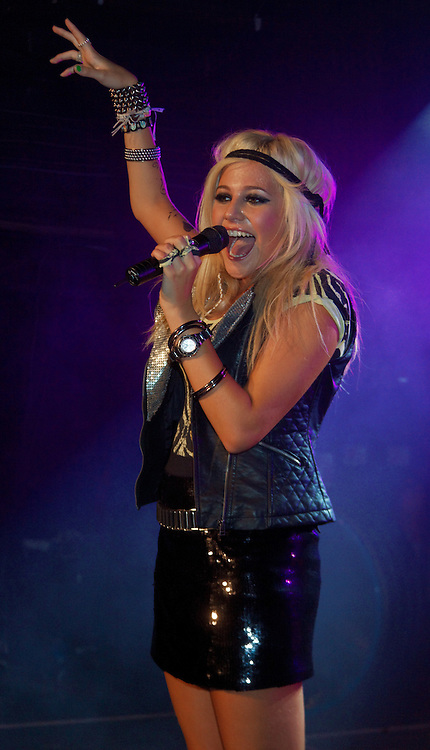 London, United Kingdom - 6 September 2009.Singer Pixie Lott performing at G-A-Y club, London, England, UK on 6 September 2009..(photo by: EDWARD HIRST/EQUINOXFEATURES.COM).Picture Data:.Photographer: EDWARD HIRST.Copyright: ©2009 Equinox Licensing Ltd. +448700 780000.Contact: Equinox Features.Date Taken: 20090906.Time Taken: 015956+0000.www.newspics.com
