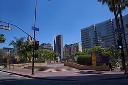Traffic signals in downtown Los Angeles, USA (Credit Image: © Image Source/David Jakle/Image Source/ZUMAPRESS.com)