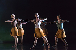 "© Licensed to London News Pictures. 18/11/2014. London, England. Simone Damberg Würtz, Vanessa King, Hannah Rudd, Carolyn Bolton and Lucy Balfour performing Terra Incognita choreographed by Shobana Jeyasingh.  British dance company ""Rambert"" perform their new show ""Triptych"" at Sadler's Wells Theatre from 18 to 22 November 2014. Choreographed by Shobana Jeyasingh with Luke Ahmet, Lucy Balfour, Adam Blyde, Carolyn Bolton, Simone Damberg Würtz, Dane Hurt, Vanessa King, Adam Park, Hannah Rudd and Pierre Tappon dancing. Photo credit: Bettina Strenske/LNP"