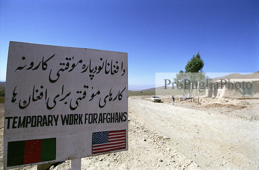 A very common road-sign around Khost remind the collaboration between Afghan & USA