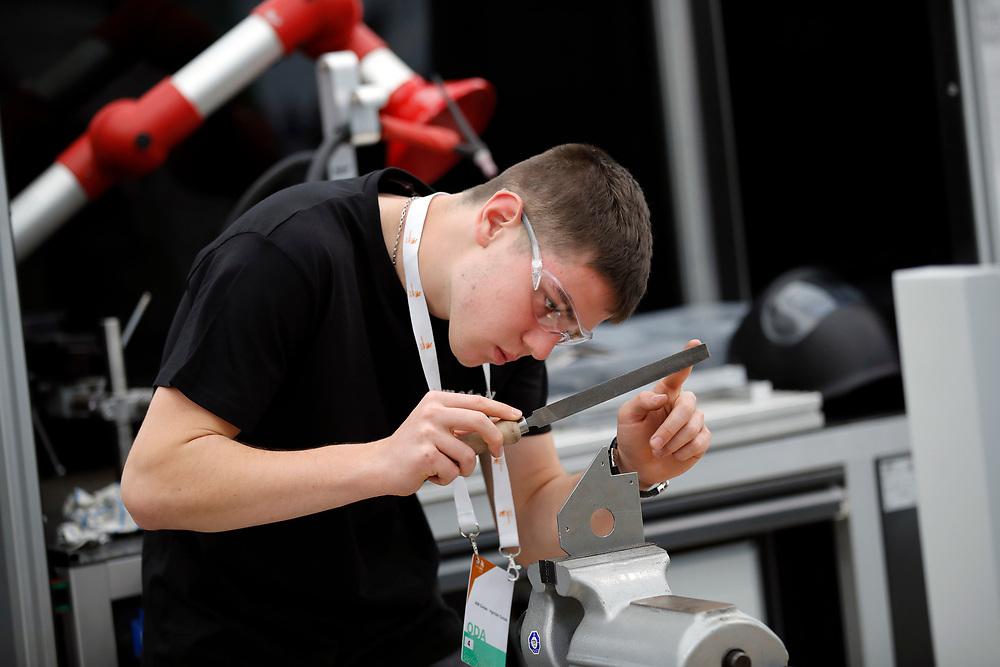 Metallbauer/in EFZ / Constructeur m?tallique CFC / Constructrice m?tallique CFC / Metalcostruttore (AFC) /Metalcostruttrice (AFC) / AM Suisse ? Metaltec Suisse<br /> <br /> ©  Stefan Wermuth
