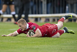 September 22, 2018 - Galway, Ireland - Johnny McNicholl of Scarlets scores a try during the Guinness PRO14 match between Connacht Rugby and Scarlets at the Sportsground in Galway, Ireland on September 22, 2018  (Credit Image: © Andrew Surma/NurPhoto/ZUMA Press)