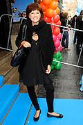 Première Disney's 'UP' als feestelijke aftrap voor de start van de Filmweken & het nieuwe bioscoopseizoen in Pathé Tuschinski (Amsterdam)<br /> <br /> op de foto: <br />  Chazia Mourali Chazia Mourali met paretner Marc Schröder en dochter Jasmijn