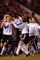 Fotball, 6. juni 2005,  - <br />  - QUALIFYING ROUND -  - ARGENTINA v BRAZIL - 08/06/2005 - JOY JUAN RIQUELME / GABRIEL HEINZE / FABRICIO COLOCCINI / JAVIER MASCHERANO (ARG) AFTER GOAL<br /> PHOTO BERTRAND MAHE / DIGITALSPORT<br /> NORWAY ONLY