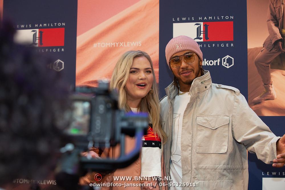 NLD/Amsterdam/20200229 - Lewis Hamilton lanceert de kledinglijn TommyXLewis, Lewis Hamilton en Isadee Jansen