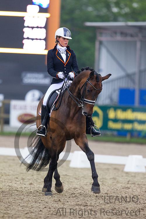 Amey Wagenaar - STS Roh Magic<br /> Outdoor Gelderland 2013<br /> © DigiShots