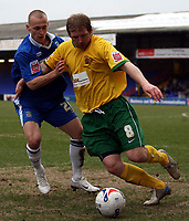 Photo: Paul Thomas.<br /> Stockport County v Hartlepool United. Coca Cola League 2. 17/03/2007.<br /> <br /> David Poole (L) of Stockport battles Ritchie Humpreys.