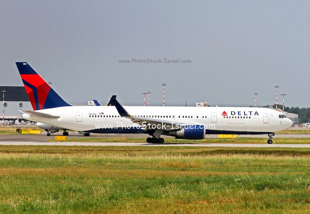 Delta Air Lines Boeing 767-3P6(ER) at Milan - Malpensa (MXP / LIMC)