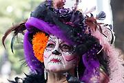 Catrinas en desfile para día de muertos, Ciudad de México (Prometeo Lucero)