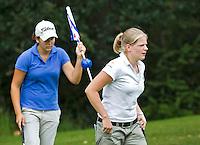 BEETSTERZWAAG - Lianne Jansen (r)  wint bij de dames de finale van Dewi Weber (l). Het Nederlands Kampioenschap Matchplay 2011 op Lauswolt . Copyright Koen Suyk