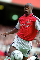 Sylvian Wiltord (Arsenal). Arsenal 2:1 Coventry City, F.A. Carling Premiership, 16/9/2000. Credit: Colorsport / Stuart MacFarlane