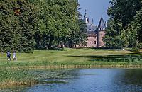 HAARZUILENS  - Hole 9 met kasteel De Haar,  , Golfclub De Haar , van 9 naar 18 holes. .  COPYRIGHT KOEN SUYK