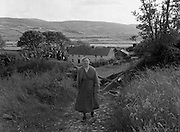 Views - Bantry, Co Cork.<br /> With an old lady and a old farm house. 01/02/1957