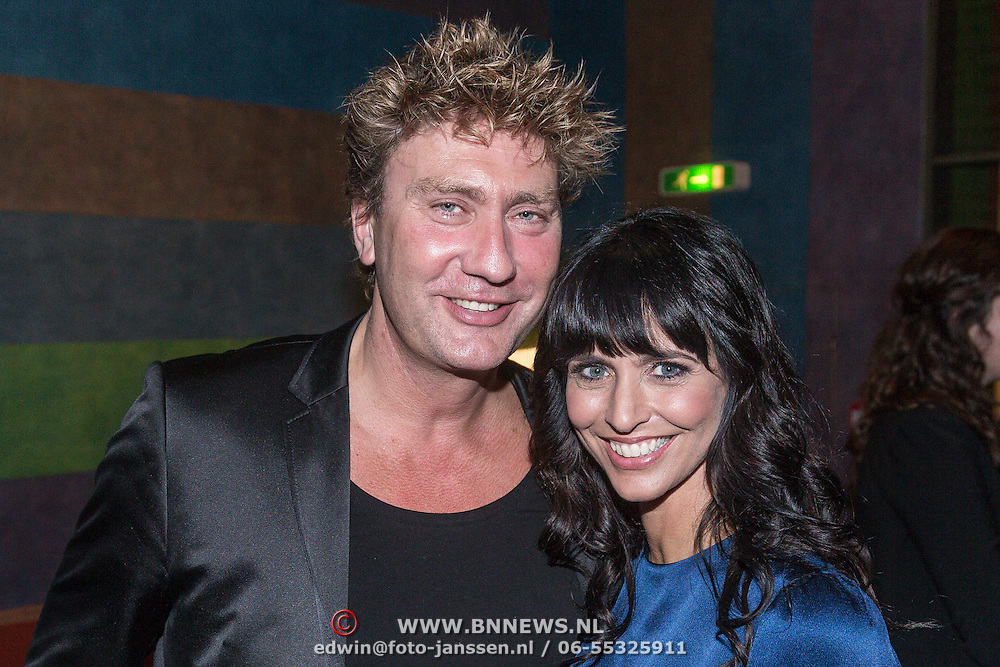 NLD/Den Haag/20131209 - Premiere de Kleine Blonde Dood, Sandra Schuurhof en partner Hans Luiken