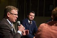 DEU, Deutschland, Germany, Weimar, 03.12.2014:<br /> Bodo Ramelow (L), Fraktionsvorsitzender von DIE LINKE in Thueringen, und Mike Mohring, Fraktionsvorsitzender der CDU in Thüringen, beim Weimar-Dialog in der Jakobskirche.