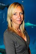 Lancering van het nieuwe (voor)leesboek Mr Finney en de andere kant van het water van Prinses Laurentien en Sieb Posthuma het Oceanium van Diergaarde Blijdorp in Rotterdam. <br /> <br /> Op de Foto:<br /> <br />  Floortje Dessing