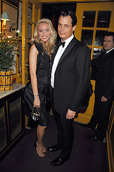 MATTHEW MELLON and NOELLE RENO at a dinner hosted by fashion label Issa at Annabel's, Berekely Square, London on 24th April 2007.<br /><br />NON EXCLUSIVE - WORLD RIGHTS