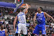 DESCRIZIONE : Eurocup 2015-2016 Last 32 Group N Dinamo Banco di Sardegna Sassari - Cai Zaragoza<br /> GIOCATORE : Joe Alexander<br /> CATEGORIA : Schiacciata Sequanza<br /> SQUADRA : Dinamo Banco di Sardegna Sassari<br /> EVENTO : Eurocup 2015-2016<br /> GARA : Dinamo Banco di Sardegna Sassari - Cai Zaragoza<br /> DATA : 27/01/2016<br /> SPORT : Pallacanestro <br /> AUTORE : Agenzia Ciamillo-Castoria/C.Atzori