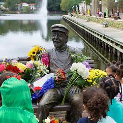 Bronze Bob Memorial