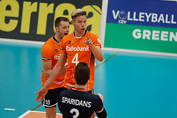 20170525 NED: 2018 FIVB Volleyball World Championship qualification, Koog aan de Zaan<br />Thijs Ter Horst (4) of The Netherlands, Robbert Andringa (18) of The Netherlands <br />©2017-FotoHoogendoorn.nl / Pim Waslander