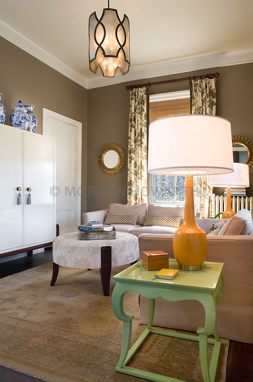 3238 O Street NW Washington, DC Design House Family room TV room