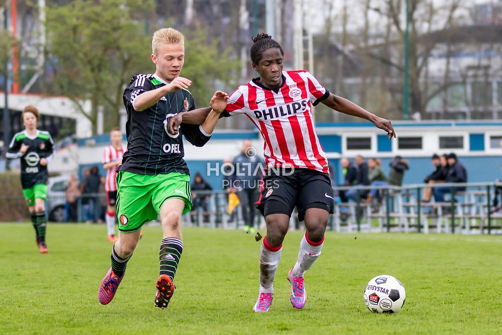 11-04-2015: Voetbal: u15 Feyenoord v PSV: Rotterdam<br /> Eredivisie - Seizoen 2014-2015<br /> (L-R) #3 (Feyenoord), #11 Sekou Sidibe (PSV)